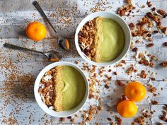 ZINGY AVOCADO, ORANGE AND LEMONGRASS SMOOTHIE BOWL - A creamy and nutritious smoothie bowl inspired by my travels in Africa. Vegan and Gluten-Free