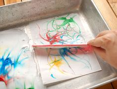 How to Paint Marbled Paper Using Shaving Cream - Use this method for shaving cream planets mentioned at http://lindsayteague.blogspot.com/2012/05/week-in-life-thursday-wrap-up.html
