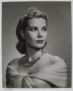 Grace Kelly 1956  Yousuf Karsh, Canadian (born in Turkish Armenia), 1908–2002