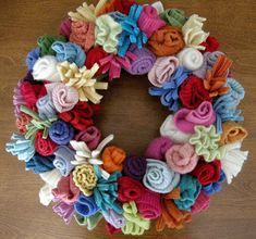 recycle sweaters, christmas wreaths, knit flowers, recycled sweater crafts, green crafts, felted flowers, sweater wreath, recycl sweater, felt flowers