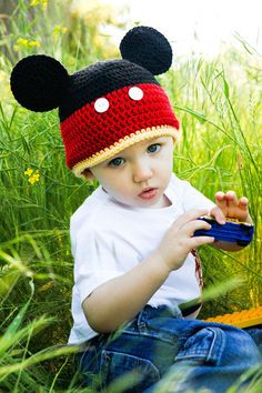 Mickey crochet hat; if I ever get to take my boys to Disneyland...