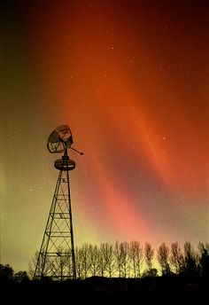 ✯ Northern Lights And Windmill