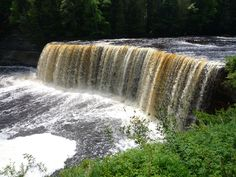 Tahquamenon Falls near Paradise, Michigan
