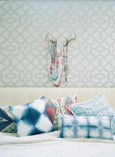 #blue, #fabric, #pillow  Photography: Aliza Rae Photography - www.alizaraephotography.com  Read More: http://www.stylemepretty.com/living/2014/09/15/eclectic-farmhouse/