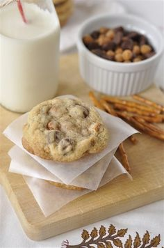 caramel, pretzel & chocolate chip cookies