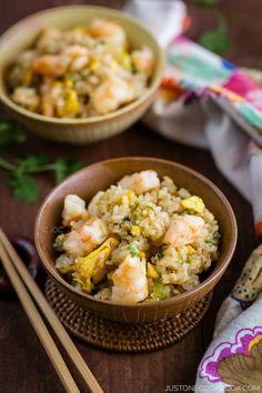 Shrimp Fried Rice - Dinner in 20 minutes! | Easy Japanese Recipes at JustOneCookbook.com