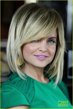 Love this shoulder length bob with sweeping bangs