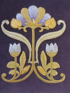 Royal School of Needlework . . Exquisite