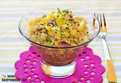 Ensalada de trigo tierno con mango, calabacín y vinagreta de jengibre