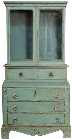 Love the color and antique finish...you can get this look with Chalk Paint™ by Annie Sloan, then clear and dark wax.  Love it!