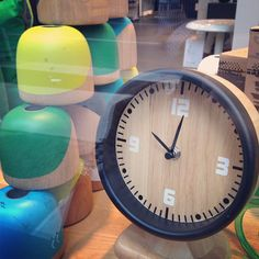 This clock was inspired by smart's sporty dash gauges. #smartvilleSweepstakes #UrbanStyle #Urban #LivingRoom