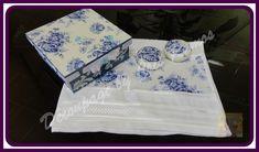 Kit contendo  toalha de lavabo branca com decoupage,2 sabonete redondo , e caixa de mdf com a mesma estampa   Os sabonetes deste kit pode ser utilizado normalmente e a toalha deve ser lavada com água fria e não  deixar de molho R$ 33,00