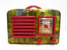 1940s GENERAL TELEVISION ART DECO OLD BAKELITE RADIO
