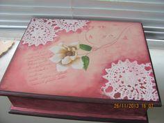 caixa para maquiagem pintada a mão