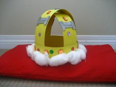 Feel like a #queen or #king, and make your own #paper #crown #craft for #kids