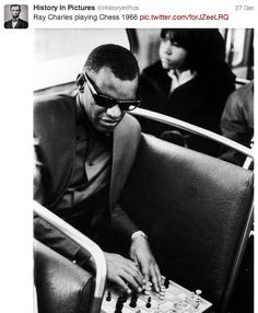 Ray Charles playing Chess (1966) play chess, raycharl, peopl, bus, musician, ray charles, photo, black, charl play