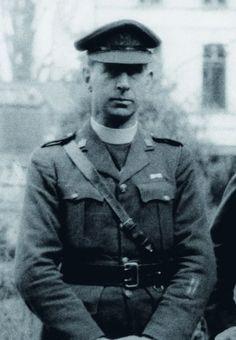 Major Frank Browne.