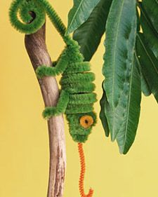 animals, lizard, diy crafts, pipe cleaners, leo lionni, tangled party, pipe cleaner crafts, chameleon, kid crafts