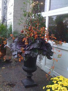 Fall arrangement in urn