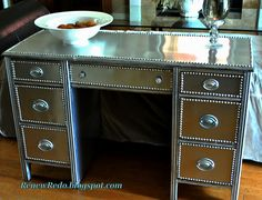 Redo a desk or table with aluminum flashing- DIY