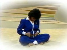 Good god I love this Marie Osmond pregnancy workout video. Her nails. Her jumpsuits. Her naptime. It's amazing.