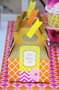 Love the neon! Mother's Day Party Ideas!