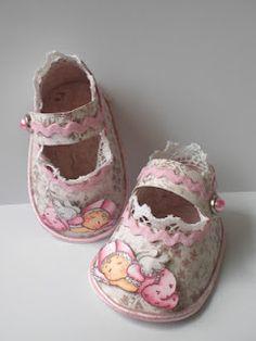 Mary's Creatieve kaart-maak-verslaving Blog: Baby schoentje template