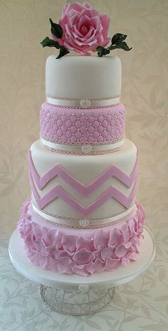 Tiered #Cake with #Chevron #Quilting and #Rose #Petals in #Pink and white - So pretty, we love and had to share! Great #CakeDecorating!