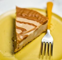 Easy Triple Peanut Butter Swirl Cheesecake. #vegan #dessert