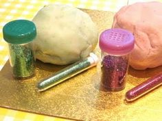 Disco dough (glitter and warm playdough) - Re-pinned by #PediaStaff. Visit http://ht.ly/63sNt for all our pediatric therapy pins