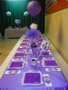 Decoración de mesa de Fiesta Violetta. #FiestaInfantil