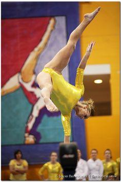 colleg gymnast, sport, mirror image