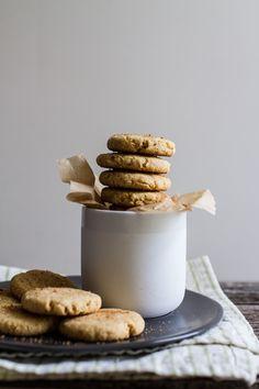 Simple Lemon Cornbread Cookies {1-bowl, vegan + gf} | edibleperspective.com