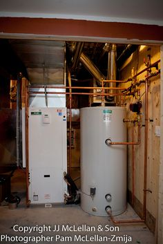 Geothermal unit and holding tank