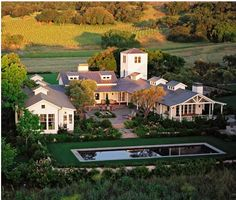 love a U shaped house-Ranch Style....