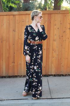 The Perfect Mom Dress! 8 Maxi dresses to work and play all day