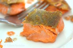How to get Salmon skin crispy just like the restaurants do, but right at home! Step by step tutorial with photos and instructions.