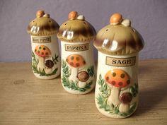 vintage spice jars Merry Mushroom 1970's