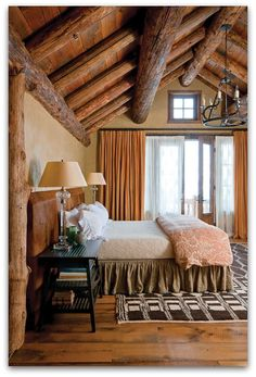 Art Symphony: Charming house in the woods, Montana U.S.A.
