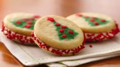 Easy Christmas Cookies | Her Campus