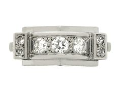 Diamond cocktail ring, French, circa 1940. #rings