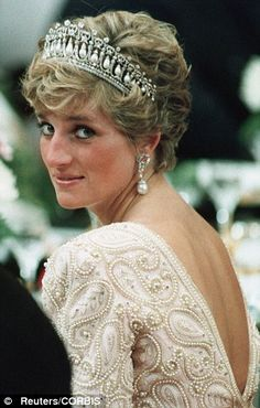 """Her """"affinity"""" for people in need is what made her truly, The People's Princess. Diana told how she 'could not help but be deeply moved' after visiting landmine v... http://dailym.ai/1mHQKva#i-90260e14"""