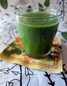 lemon, ginger and parsley smoothie