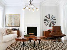 textures, patterns, great chandelier