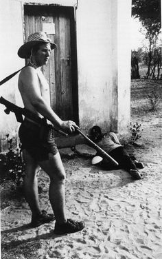 In 1977, J. Ross Baughman was documenting the bloody guerrilla war that broke out in Rhodesia as the minority white rule slowly disintegrates there; the attacks on anti-government guerillas were especially fierce and Baughman rode with a cavalry unit, Grey's Scouts