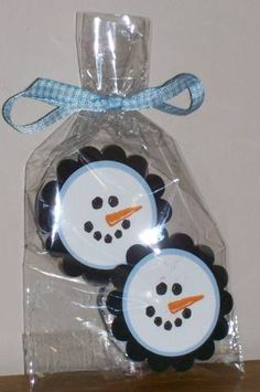 Peppermint Patty snowman.  Cute for a child's party too. Cute tags