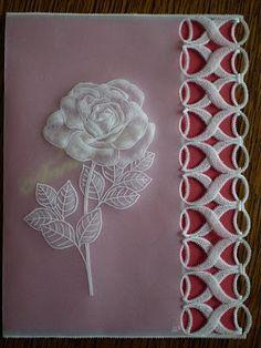 Fleurs - Rose...I like the edging