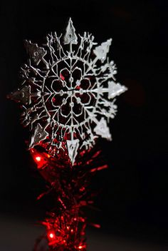 red tree topper