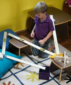 This set of ramps, blocks and balls encourages clever kids to construct any sort of structure they can imagine!