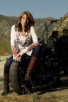That's a bad ass bitch..sons of anarchy